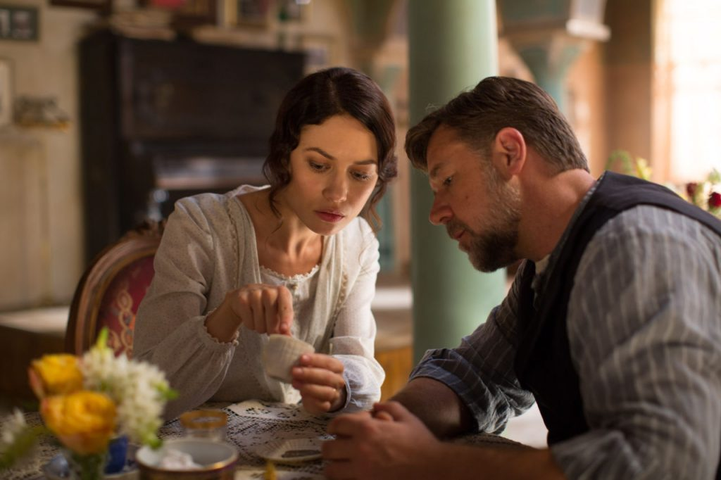 "(L-r) OLGA KURYLENKO as Ayshe and RUSSELL CROWE directs and stars as Joshua Connor in the drama ""THE WATER DIVINER,"" a presentation of RatPac Entertainment and Seven Network Australia in Association with Megiste Films, DC Tour, EJM Productions, Axphon; released domestically by Warner Bros. Pictures."